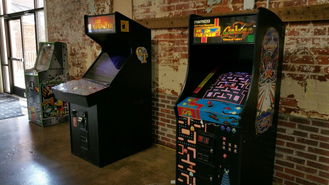 Arcade Game Rentals, Racing Simulators, & Video Games - ThunderDome Entertainment - Ms